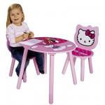 Table et chaises en bois : Hello Kitty