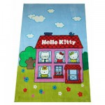 Tapis Hello Kitty : A la maison