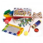 Coffret de jeux traditionnels Yoyo, billes, ardoise...
